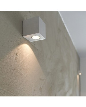 Indoor LED wall light fixture — CUBIC 3W, one direction, white
